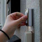 """Local family """"terrified"""" as door bell rings in lockdown"""